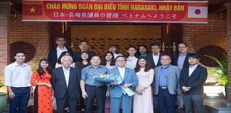Nghị sĩ Quốc hội tỉnh Nagasaki Kobayashi tới thăm và làm việc với Trung tâm Cung ứng nguồn nhân lực, Học viện Nông nghiệp Việt Nam